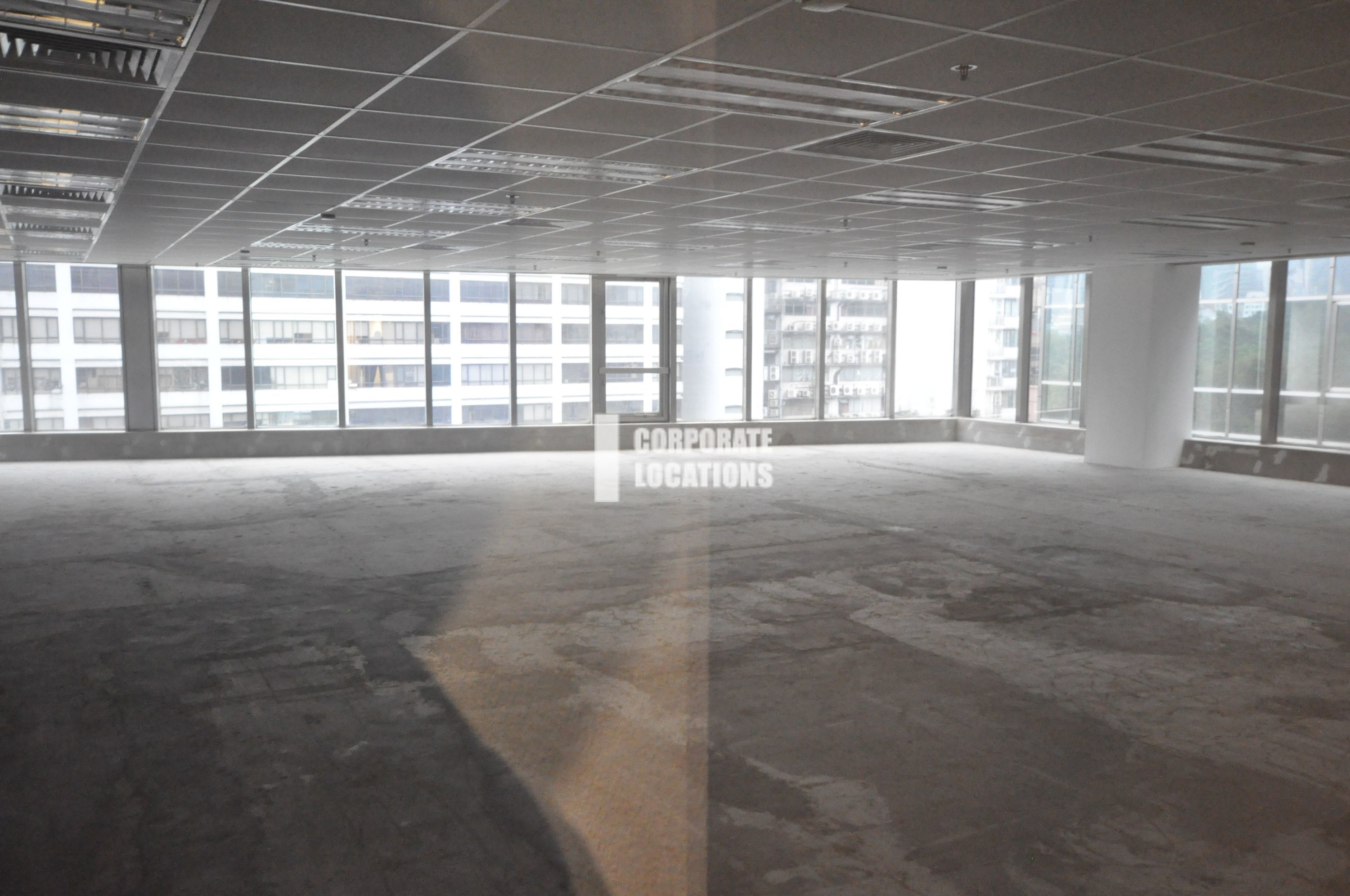 Typical Interior Commercial space in Silvercord Tower 2 - Tsim Sha Tsui / Jordan
